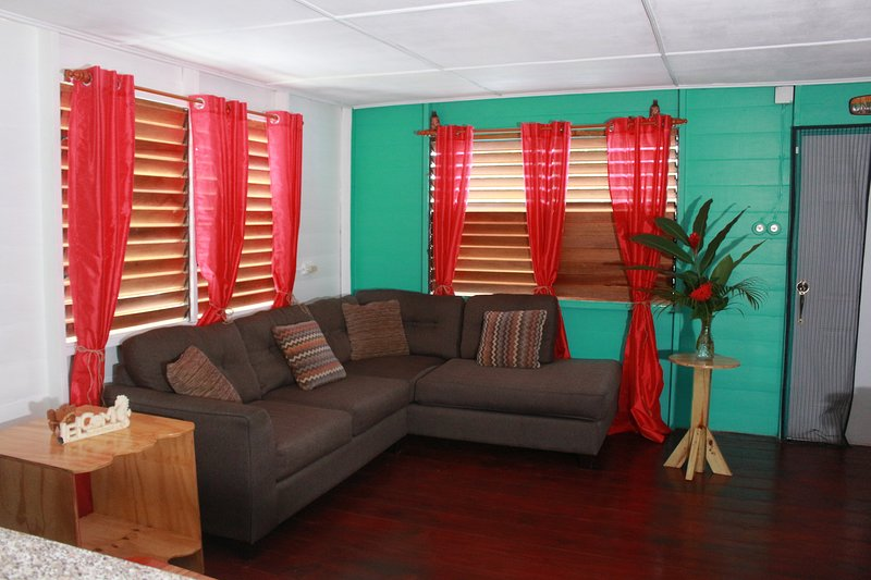 Cali Cottages a Brand new cottage with an authentic Jamaican feel, holiday rental in Westmoreland Parish