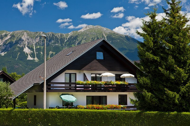 Lake Bled Apartment Zerovec, holiday rental in Domzale