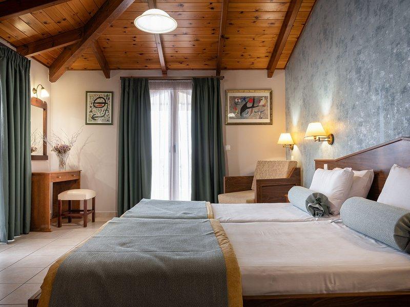 Family Side Sea View Studio - Plaka Beach Resort, holiday rental in Killinis