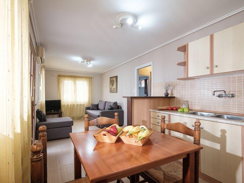 One Bedroom Bungalow - Plaka Beach Resort, holiday rental in Killinis