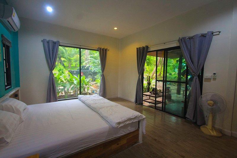 Phangan House, holiday rental in Ko Pha-ngan