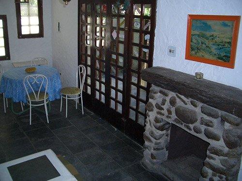 A 100m da praia/Casa 02/área central/rua tranquila/caseiros/wi-wi/estacionamento, aluguéis de temporada em Praia Barra do Sahy