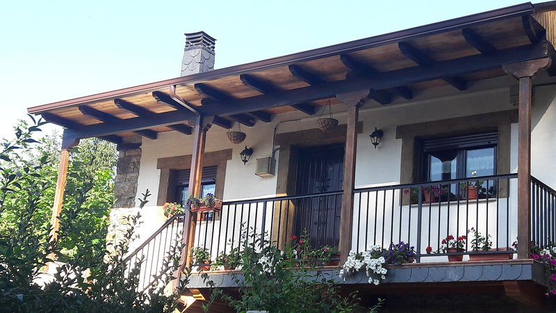 la casita de la señora Maria, vacation rental in Ozuela