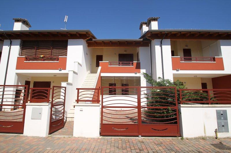 Villette Regina Mare - REGINA MARE O/10, holiday rental in Province of Ferrara