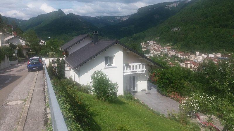 appartement indépendant dans maison individuelle, aluguéis de temporada em Les Bouchoux