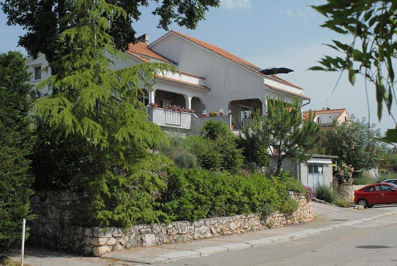 Two bedroom apartment Njivice, Krk (A-5427-a), alquiler vacacional en Sveti Vid-Miholjice