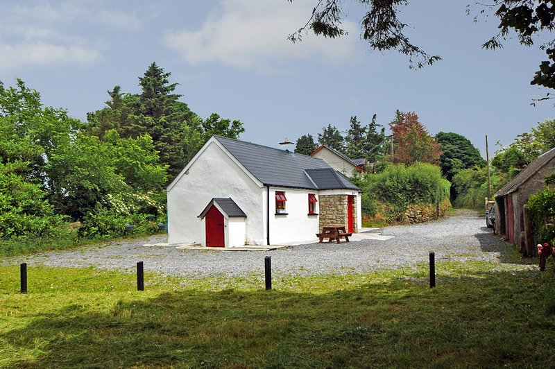 15-Tinahely, holiday rental in Donard