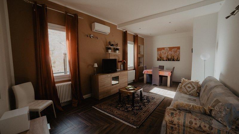 GOLD APARTMENT, la vacanza a Ferrara., vacation rental in Chiesuol del Fosso