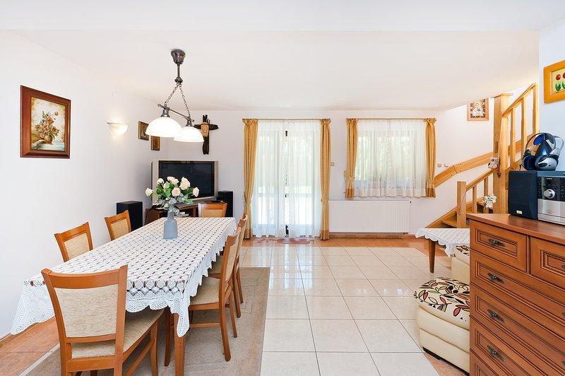 Komfortowy Dom w Kroscienku nad Dunajcem, location de vacances à Lapsze Nizne