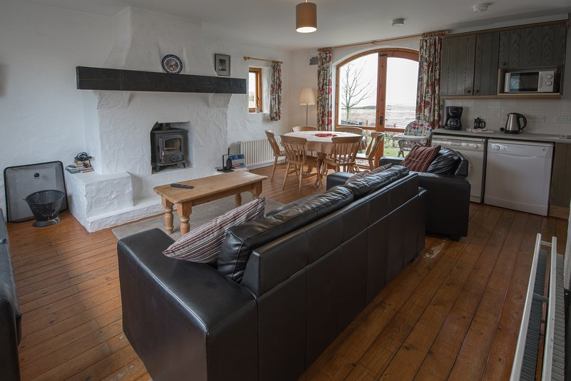 Portcoon: Entire 4BD Cottage, holiday rental in Portballintrae