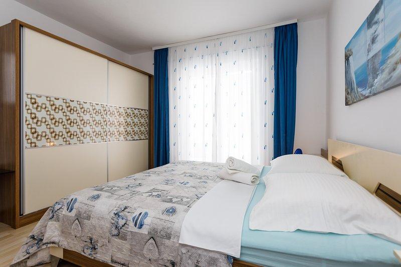 Sea View Apartment in Malinska (Island of Krk), alquiler vacacional en Krk Island