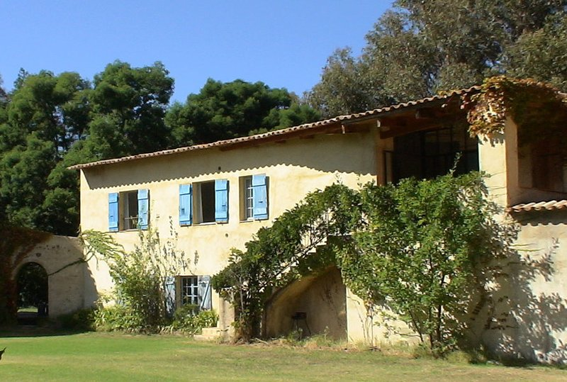 En Corse, au sud de Calvi, un gite avec piscine aux Gites de Paradella, holiday rental in Calenzana