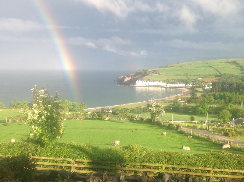 beachview cottages B, holiday rental in Glenariffe