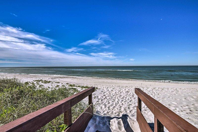 ¡Disfruta del sol en la playa de Park Shores!