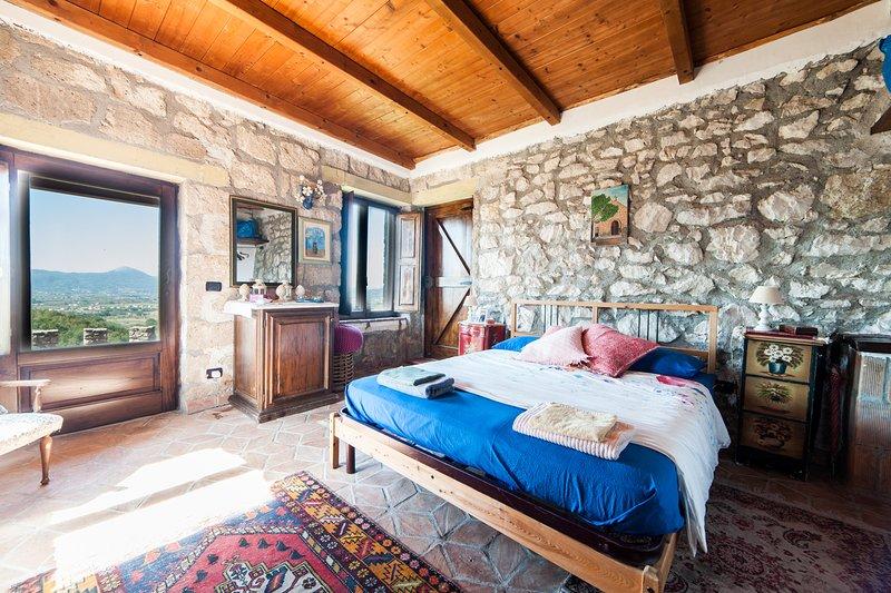 Villa de' Luccheri - Suite del bosco, alquiler de vacaciones en Caiazzo