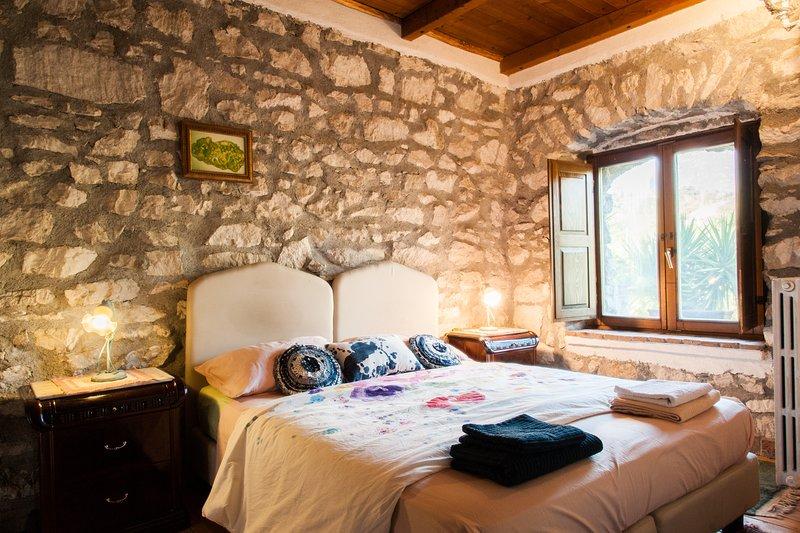 Villa de' Luccheri - Suite Ginestra, alquiler de vacaciones en Caiazzo