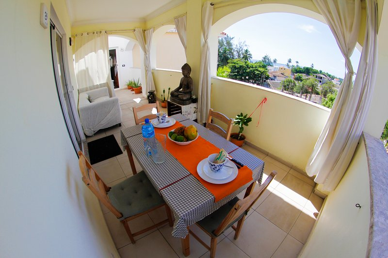 Lux Apartment with Ocean View and Pool, location de vacances à Boca Chica