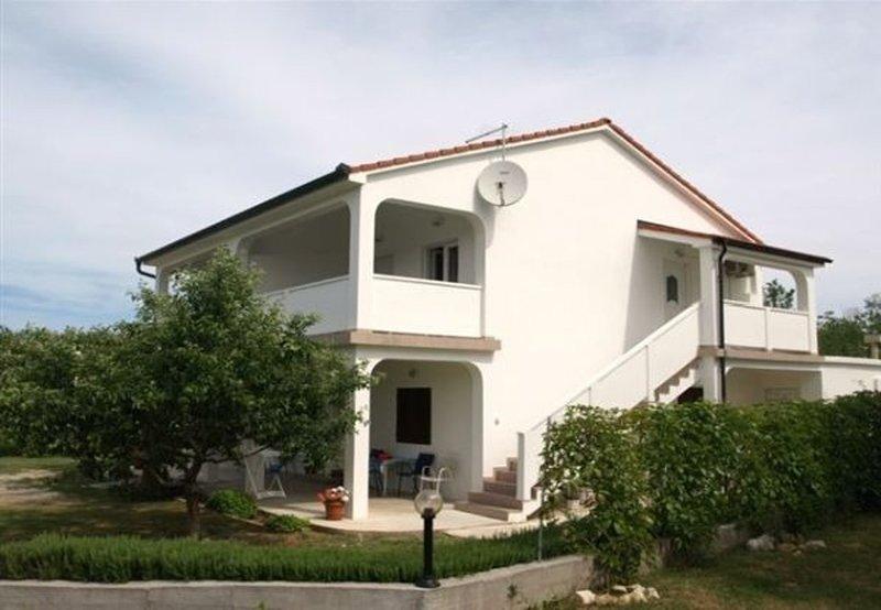 Ivan - with garden: A1 Plavi (4) - Lopar, aluguéis de temporada em Lopar