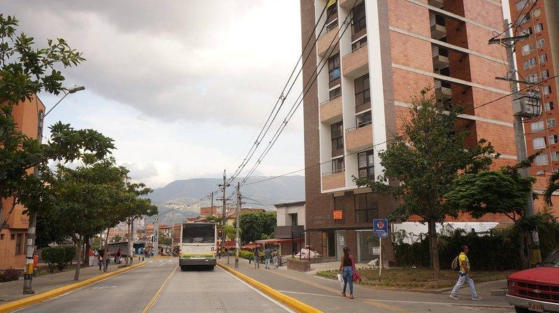 Apartaestudio Tipo Loft Laureles-belen Los Molinos, vacation rental in San Antonio de Pereira