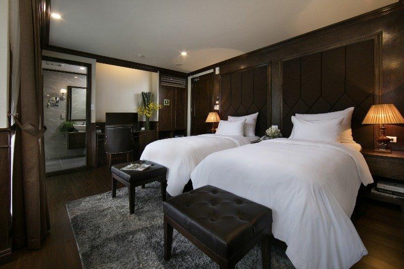 Mon Chéri Cruises - Ocean Suite 2, holiday rental in Hai Phong