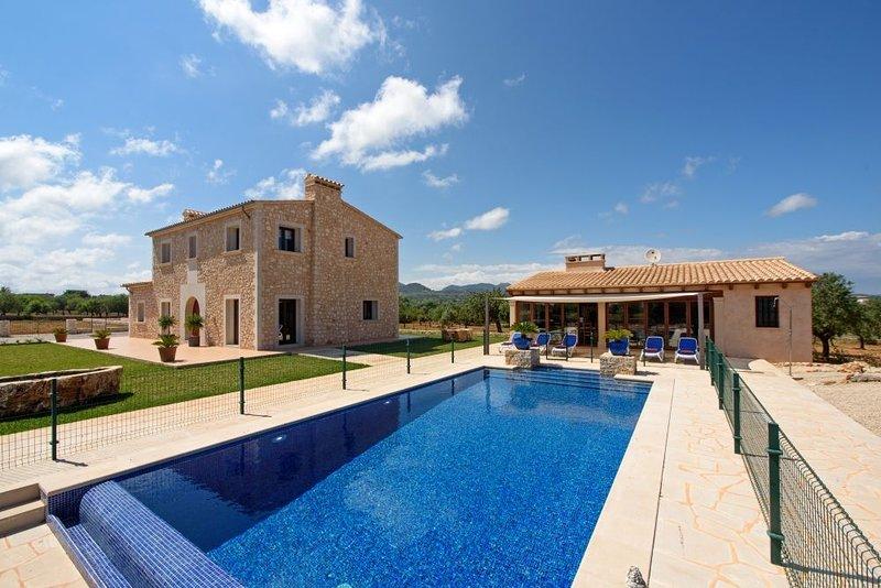 Villa Antonio, holiday rental in Cala Marcal
