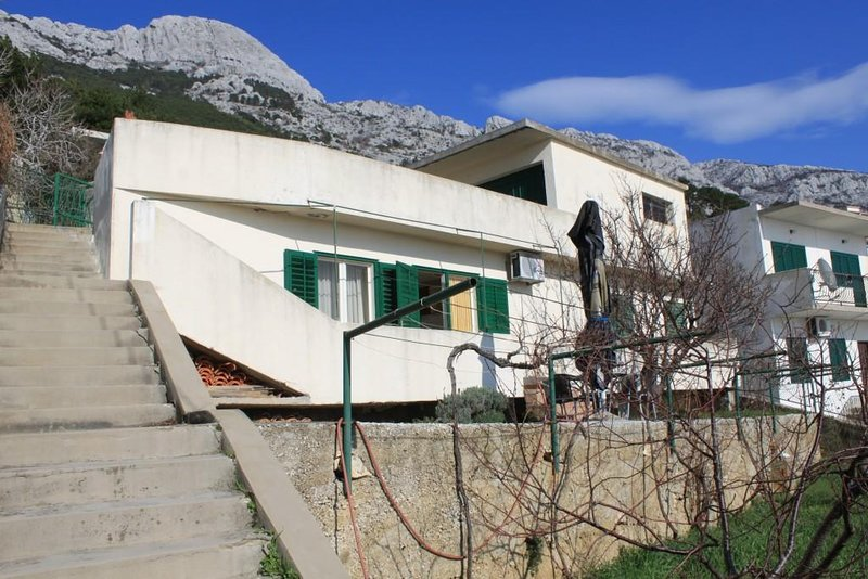 One bedroom apartment Marušići, Omiš (A-8632-a), vacation rental in Marusici