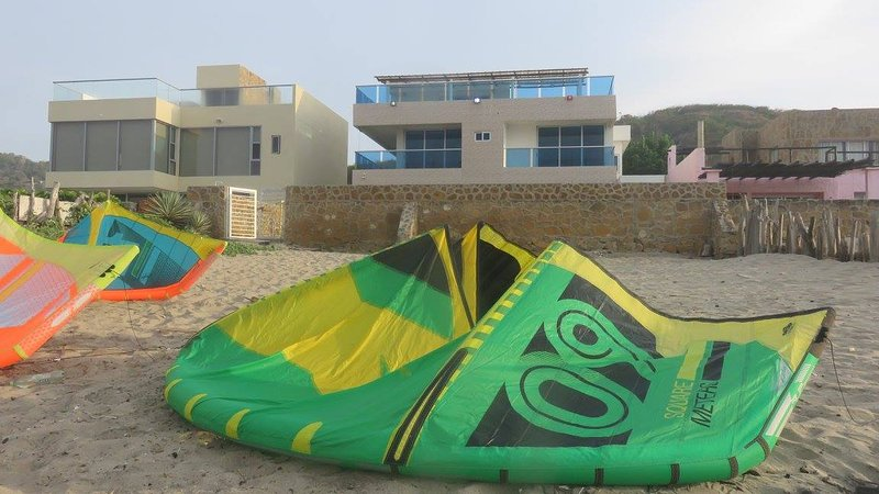 King Double Room 4 in KITESURF house on the best Colombian spot!, Ferienwohnung in Puerto Colombia