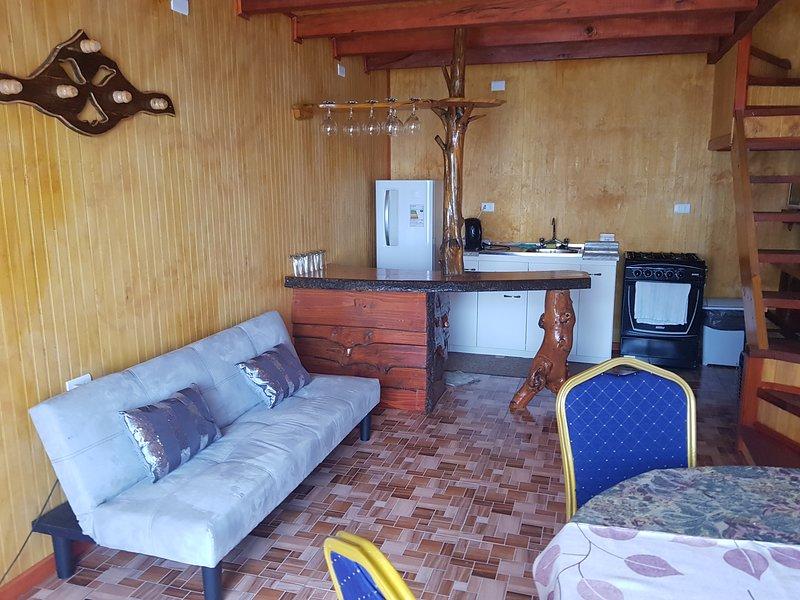 Cabañas Rayen, (copihue Blanco), location de vacances à San Juan de la Costa