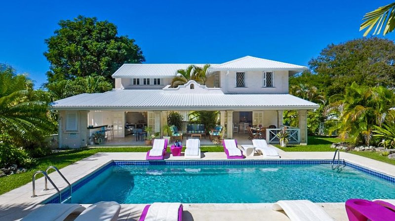 Barbados: attractive and well-equipped house on West Coast, 5 mins walk to beach – semesterbostad i Gibbes