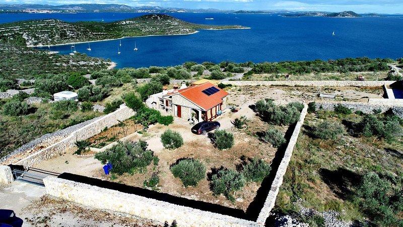 Two bedroom house Cove Triluke, Pašman (K-13577), vacation rental in Zizanj Island