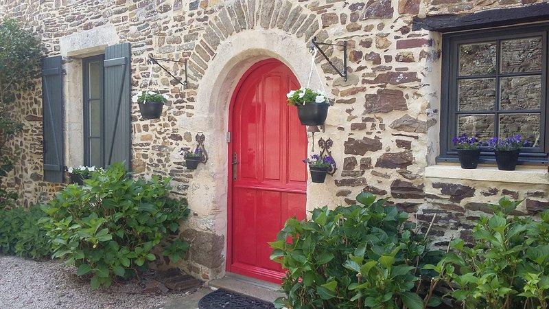 Charme chambres d'hôtes L'Ancien Pressoir, holiday rental in Orne