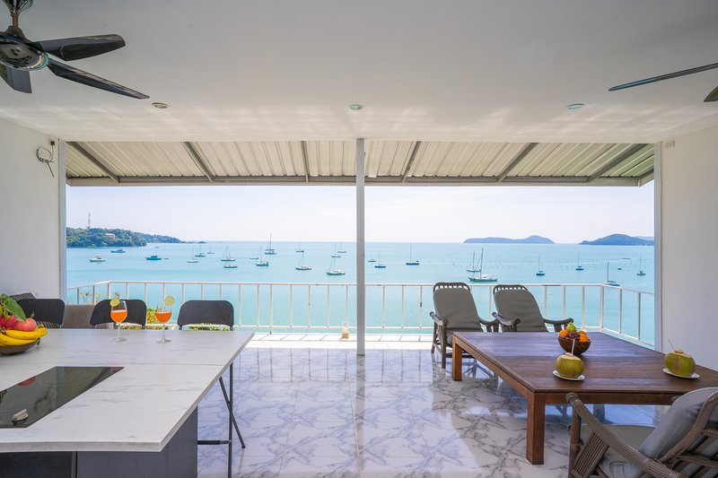 Panoramic View over the Beach in Tropical Paradise. Phuket, holiday rental in Phuket Town