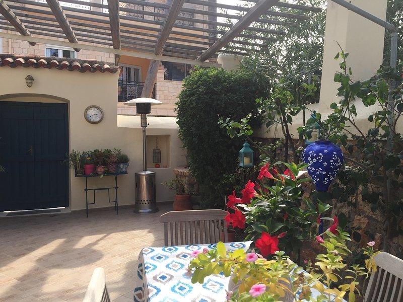 Hidden Gem Aegina Town, holiday rental in Aegina Town