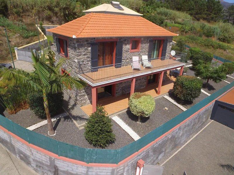 Casa Eva in Prazeres, location de vacances à Prazeres