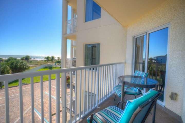 Balcon privé avec vue sur le golfe