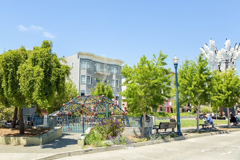 1 BEDROOM WITH CHIC DECORE ON WALLER STREET IN HAYES VALLEY, holiday rental in San Francisco