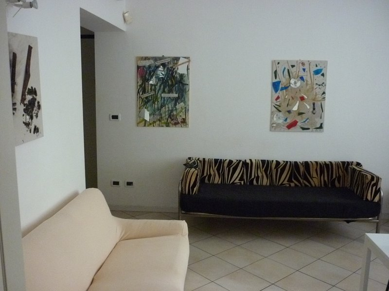 Amazing house with terrace & Wifi, holiday rental in Longara