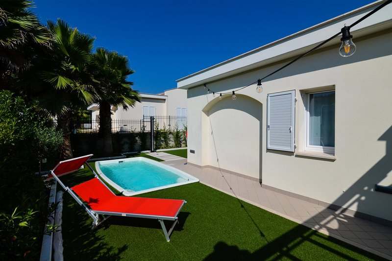 Villa Relas - Pool Area