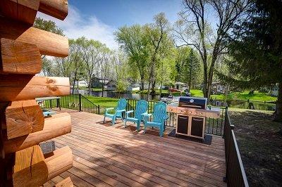 Blue Heron Lodge, Wolf River Cabin, Wolf River, Log Cabin, location de vacances à Saxeville