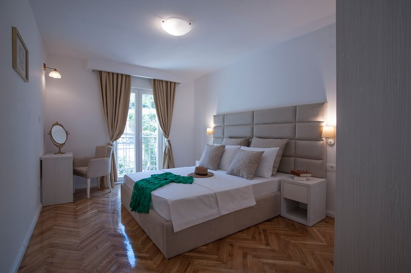 Bright & Stylish, holiday rental in Krimovice