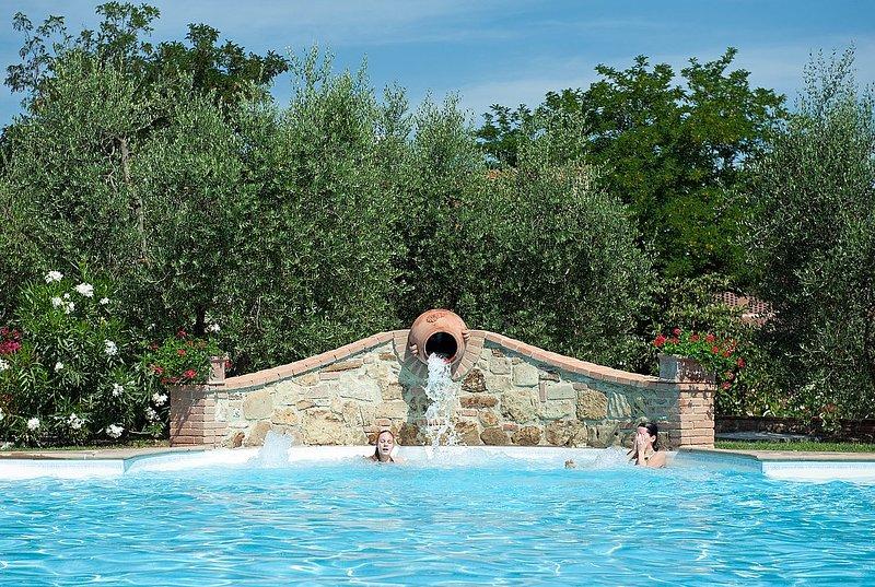 Casa Canarino A, holiday rental in Montelopio