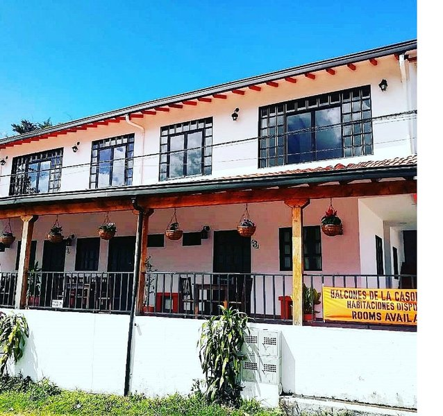 Habitacion en Balcones de la Casona Hostel, aluguéis de temporada em Guatape