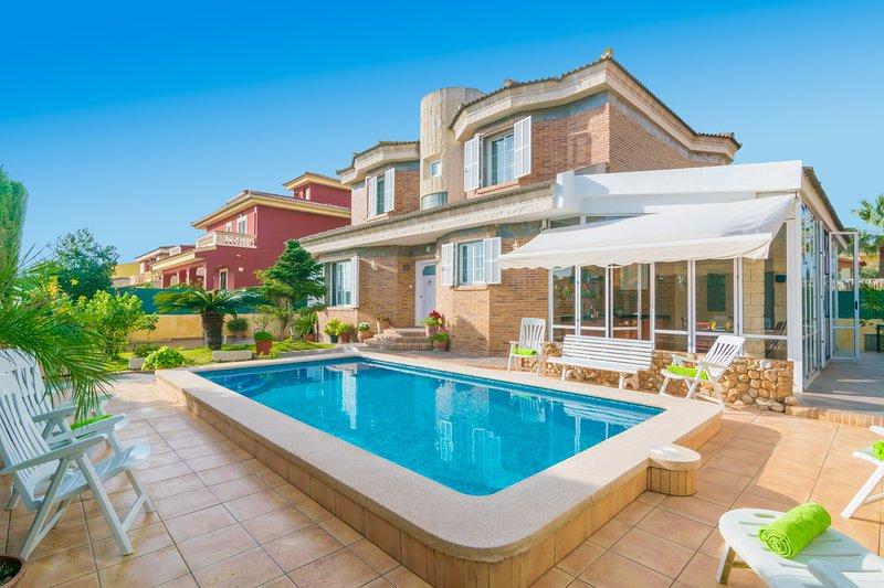 CASA LAURA - Villa for 6 people in Es Pont D'Inca, holiday rental in Palmanyola