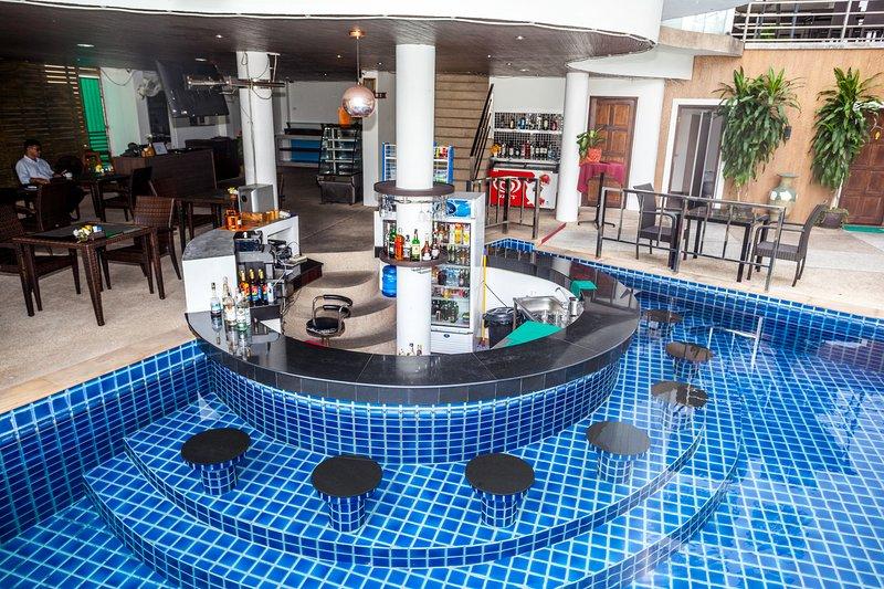 Wazza's Patong Apartment Phuket, holiday rental in Patong