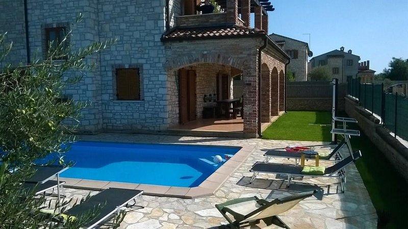 House 20600, location de vacances à Cabrunici