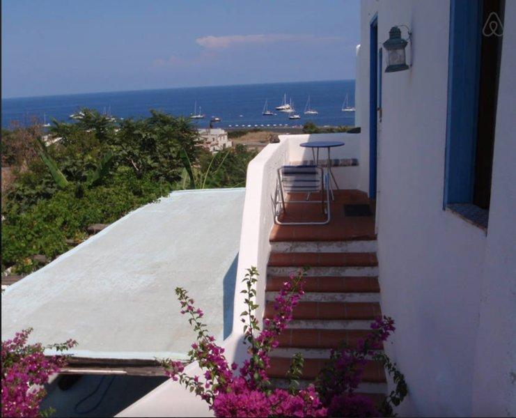 Casa Blu, holiday rental in Ginostra