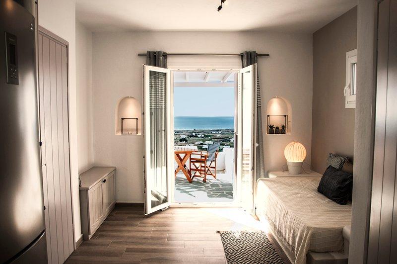 Heavenly Retreat Naxos, holiday rental in Pyrgaki