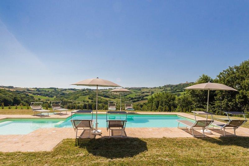 VILLA LUCIA, holiday rental in Mondavio