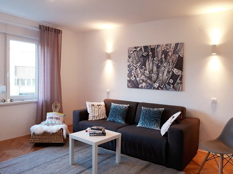 NEW Downtown Apartment Zagreb, vacation rental in Zagreb