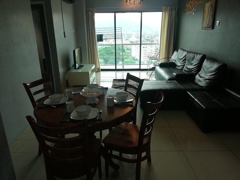 CasaPermaiHomeStay-K-19,KintaRiverFrontAppartment, holiday rental in Batu Gajah